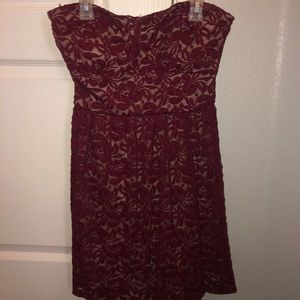 Red and tan lace strapless dress